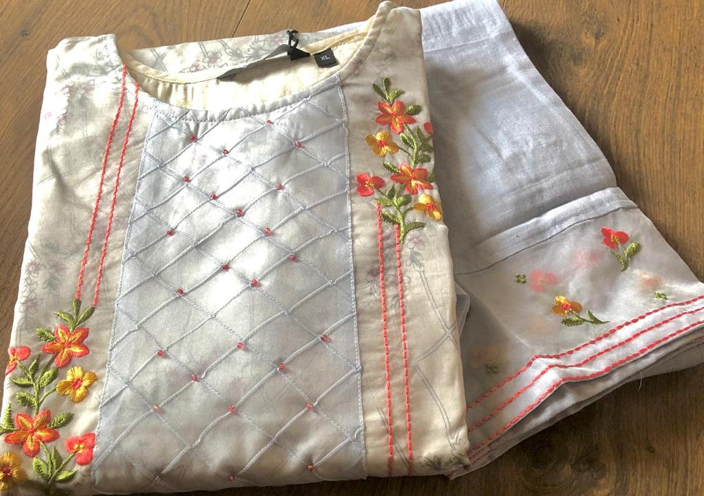 Pure Organza Kurta with Printed Cotton Inner along with Pure Linen Pant