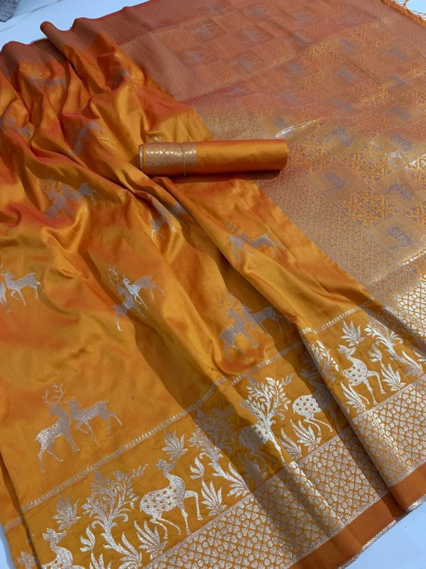 Soft Silk Saree with Rich Pallu